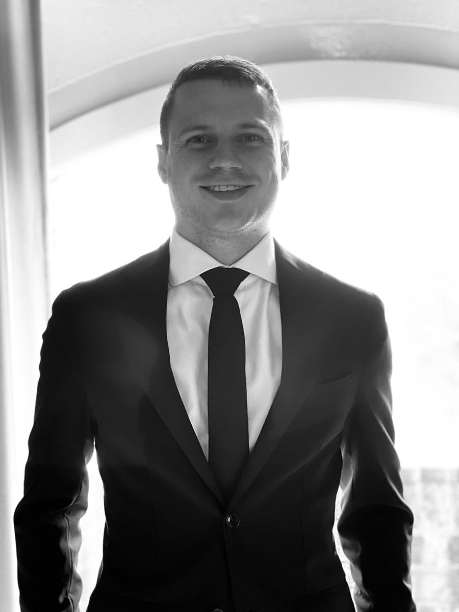 mr. E.C.M. (Erik) Braun
